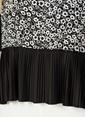 Knit&Co Eteği Piliseli Bluz Siyah